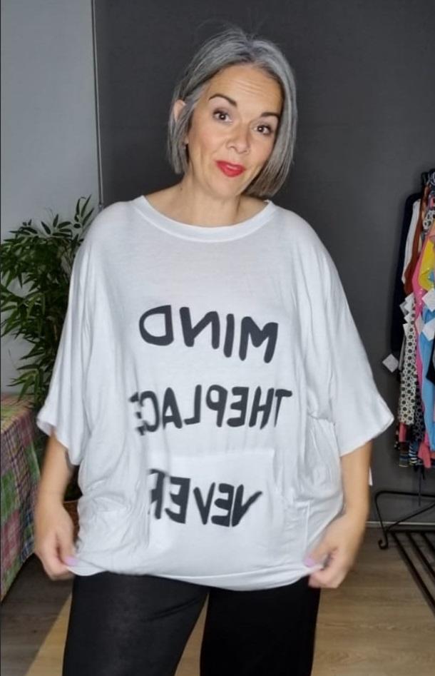 M-3331 Camiseta estilo sudadera  ( Blanca, Lila )  ( Tallas Recomendadas 46 a 58 )